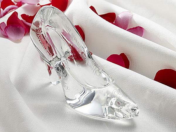 メッセージ入りガラスの靴